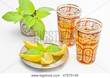 Moroccan Tea With Lemon And Mint
