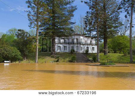 Thermal pool in Terra Nostra