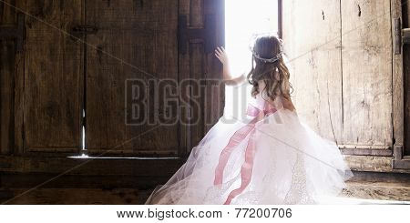 Princess in door