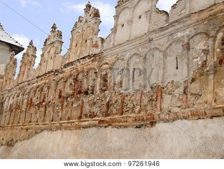 Lazar Castle East Wall