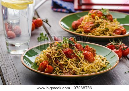 Homemade Semolina Spaghetti With Cherry