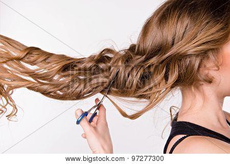 girl cut her hair