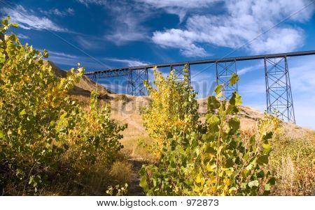 Highlevel Train Bridge 1