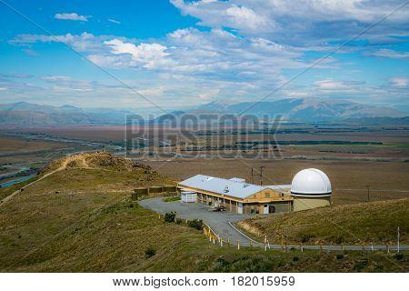 Mount John University Observatory (mjuo)