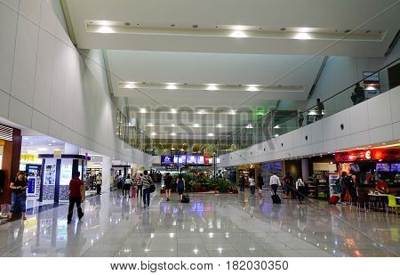 Manila Ninoy Aquino International Airport (naia)