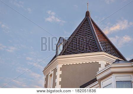 Modern House Roof Details