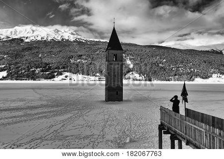 Curon Venosta (lago di Resia) Trentino Alto Adige, paesaggio invernale