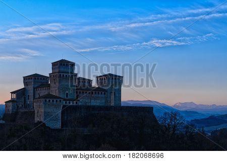 Castello di Torrechiara (Parma) Emilia-Romagna, Italia (paesaggio)