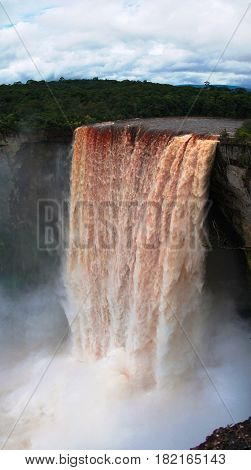 Kaieteur waterfall one of the tallest falls in the world potaro river Guyana