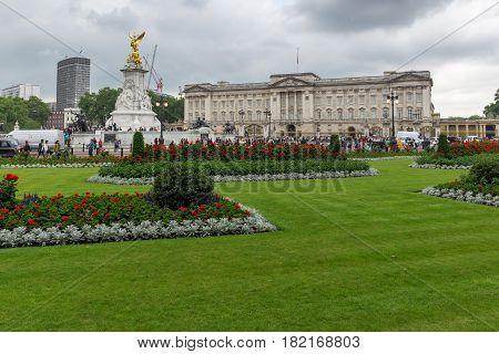 LONDON, ENGLAND - JUNE 17 2016: Panorama of Buckingham Palace London, England, Great Britain