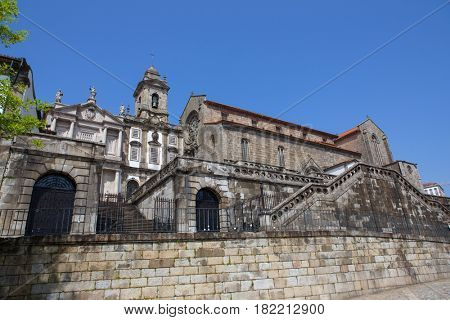 Sao Francisco Church, right, 14th century Gothic architecture. Neoclassical architecture. Unesco World Heritage Site