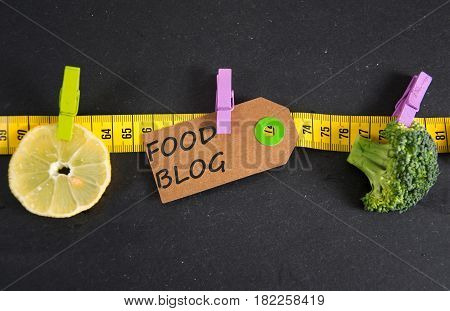 Food Blog inscription written on a paper tag