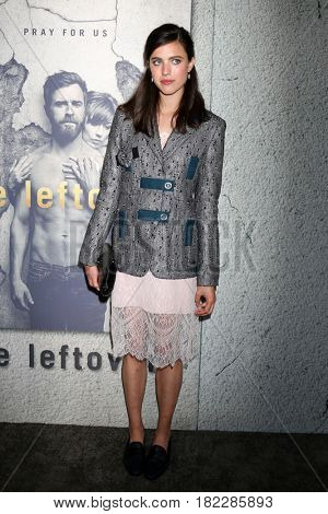 LOS ANGELES - APR 4:  Margaret Qualley at the Premiere Of HBO's