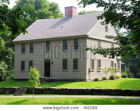 New England Colonial