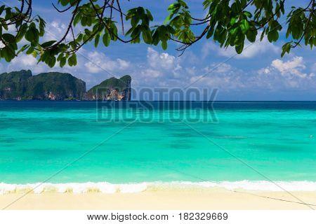 Island Lagoon Idyllic Coast