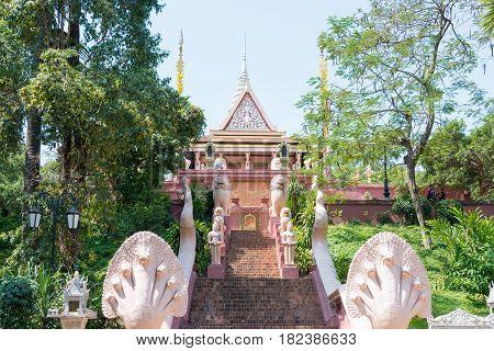 Phnom Penh, Cambodia - Jan 31 2015: Wat Phnom. A Famous Historical Site In Phnom Penh, Cambodia.