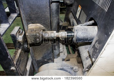 hydraulic system of forklift truck construction, cylinder, design,