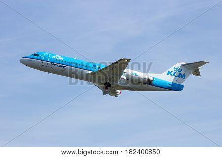 Klm Cityhopper Fokker F70 Airplane