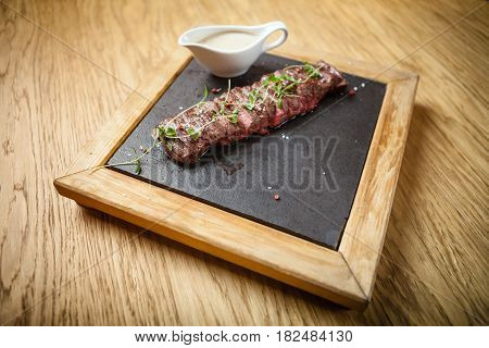 Flank steak of Black Angus from the elongated and flat cut of the abdominal part of the bull, without fat