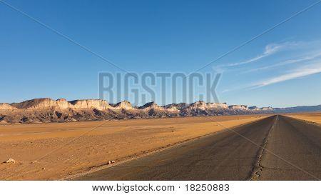 Desert Higway, Akakus (acacus) Mountains, Sahara, Libya