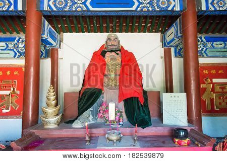 Hebei, China - Oct 13 2015: Zhangfei Statue At Sanyi Temple. A Famous Historic Site In Zhuozhou, Heb