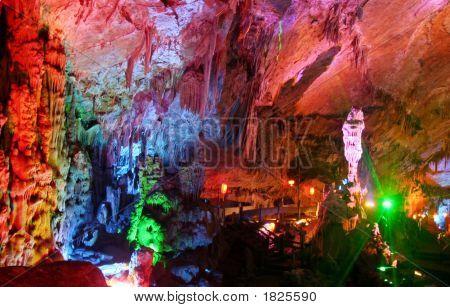 Yaolin Cave