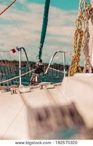 Lapper Genoa Roller Jib, Jibsheet On Boat