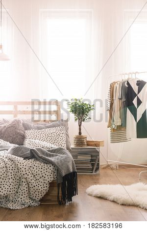 Bed And Clothes