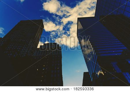 Manhattan (new York) Street Featuring Skyscapers
