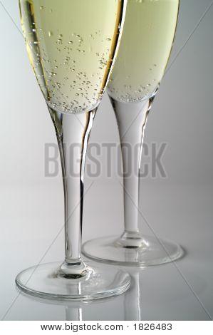 Champagne Flutes (1)