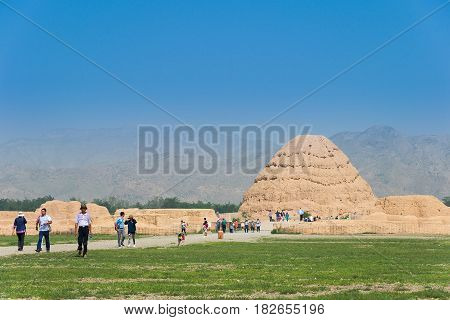 Ningxia, China - Aug 17 2015: Western Xia Tombs (xixia Wangling). A Famous Historic Site In Yinchuan