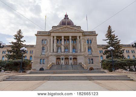 Steps leading into the main entrance of the Saskatchewan Legislative Building.