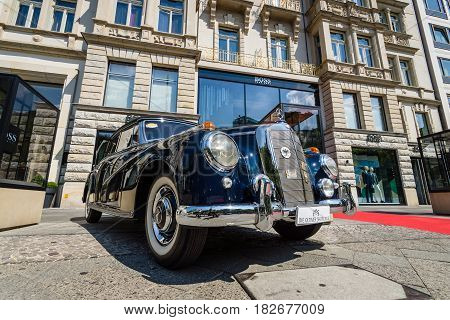 BERLIN - JUNE 05 2016: Full-size luxury car Mercedes-Benz 300D cabriolet (W186). Classic Days Berlin 2016.