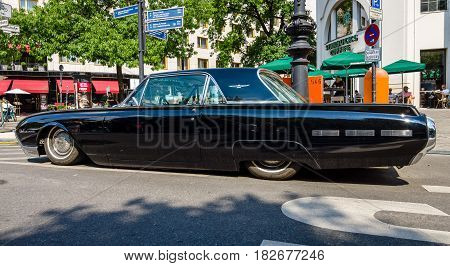 BERLIN - JUNE 05 2016: Personal luxury car Ford Thunderbird (third generation). Lowrider. Classic Days Berlin 2016.