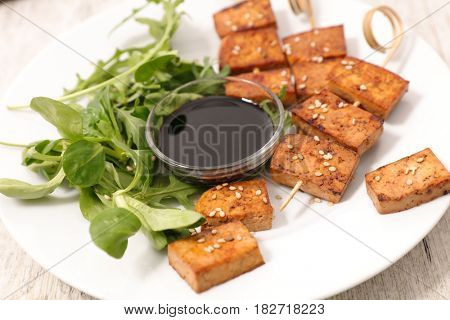 fried tofu with sesam and soysauce