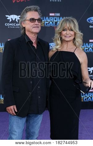 LOS ANGELES - APR 19:  Kurt Russell, Goldie Hawn at the