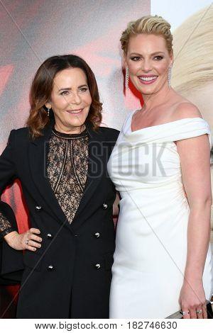 LOS ANGELES - APR 18:  Denise Di Novi, Katherine Heigl at the
