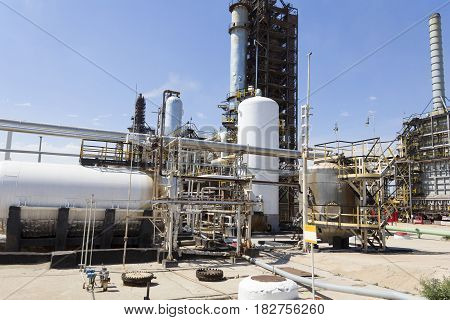 Industrial of refinery tower for making gasoline
