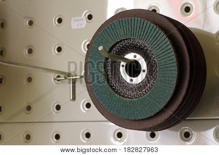 abrasive discs sandpaper detail tools objects new