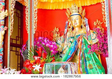 Liaoning, China - Aug 05 2015: Budda Statue Atshisheng Temple. Was Built To The Specifications Of An
