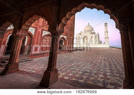 ndia. Taj Mahal indian palace. Islam architecture. Door to the mosque