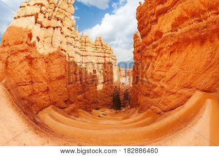 A fish eye view of the gorge through the high sandstone peaks of Bryce Canyon, USA