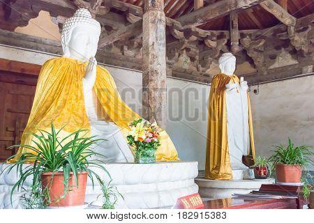 Henan, China - Nov 04 2015: Budda Statues At Huishan Temple(unesco World Heritage Site). A Famous Hi
