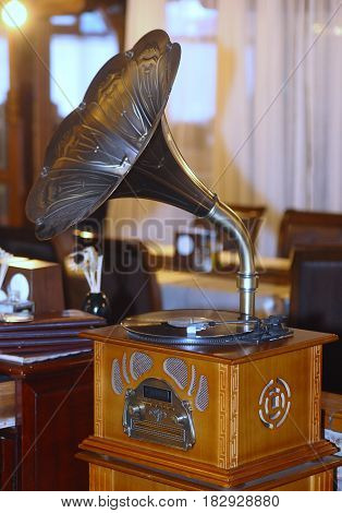 Vintage gramophone with radio placed in a restaurant