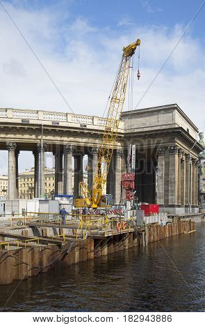 SAINT PETERSBURG, RUSSIA - JULY 16, 2013: Overhaul of the Griboyedov canal embankment at the Kazan Cathedral