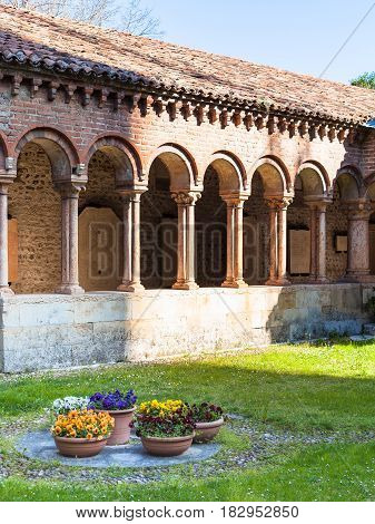 Inner Court Of Basilica Di San Zeno In Verona