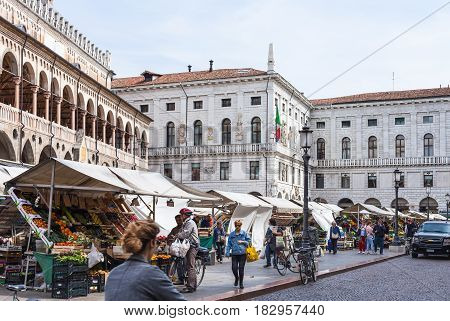 People On Outdoor Market On Piazza Delle Erbe