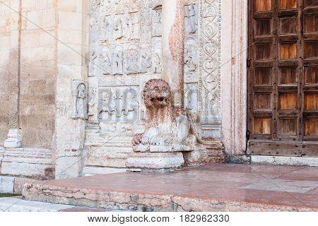 Lion Statue Near Doors Of Basilica Di San Zeno