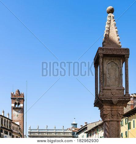 Tower Torre Del Gardello On Piazza Delle Erbe