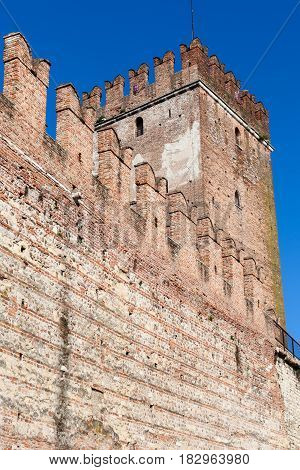 Wall And Tower Of Castelvecchio (scaliger) Castel